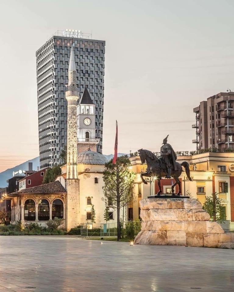 Tirana day tour